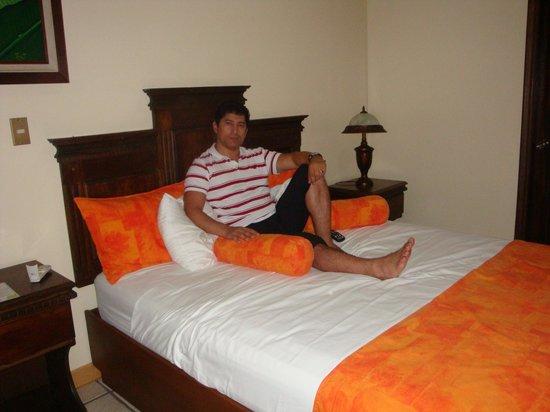 Arenal Manoa Hotel: disfrutando de la habitación