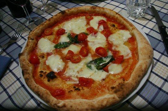 Ristorante La Caletta: Pizza Tomate e queijo