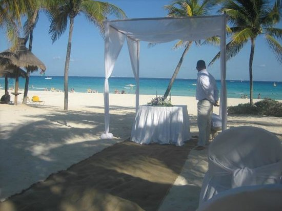 Iberostar Quetzal Playacar: Wedding setup