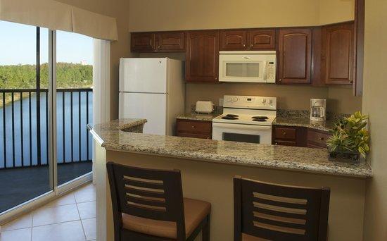 WorldQuest Orlando Resort: Kitchen
