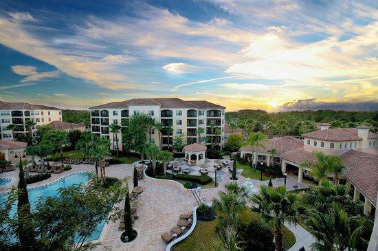 WorldQuest Orlando Resort: Exterior View