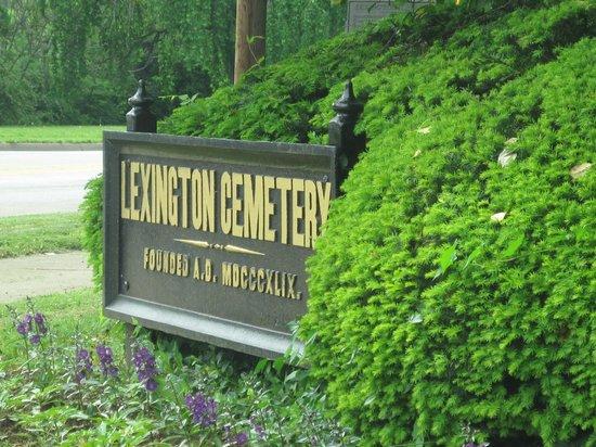 Entrance to Lexington Cemetery