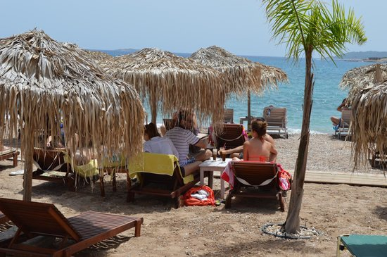 Villa Nika Boutique Hotel: Agia Marina beach, near the hotel