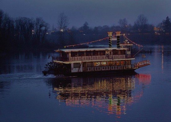 Spirit Expeditions Tours: Willamette Queen