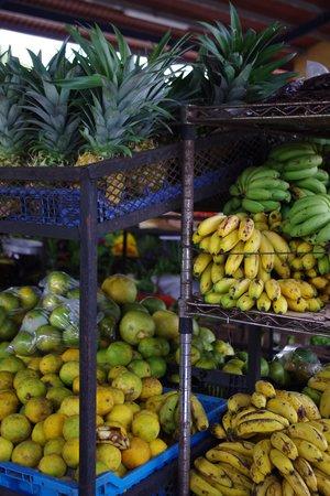 Sunday Market: Mercado del Valle Anton - Frutas