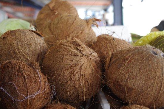 Sunday Market: Mercado del Valle Anton - Cocos
