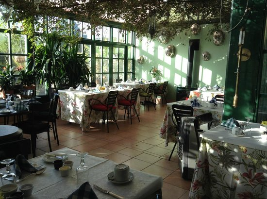 The Quay House: What a brilliant breakfast room!