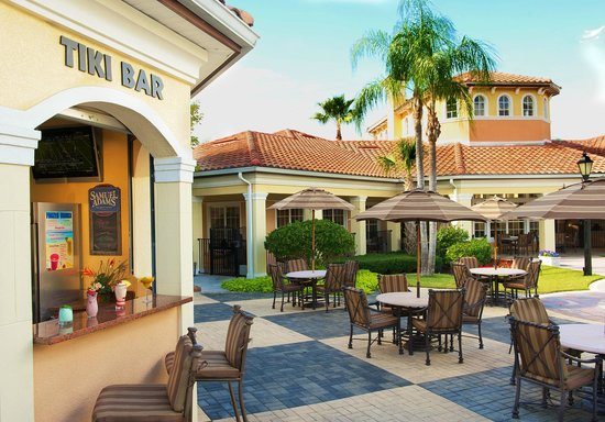 WorldQuest Orlando Resort: Exterior Dining