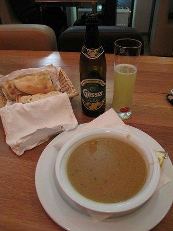 Arnes Hotel Vienna: Sopa de lentilhas :)