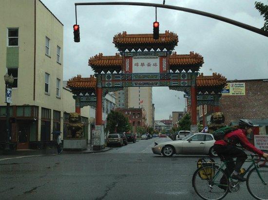 Chinatown Gate: Chinatown arch