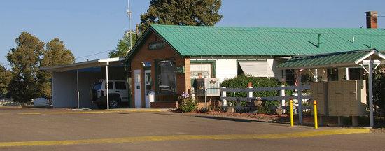 Cawthon Motel and R.V. Park