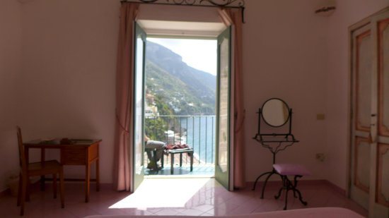 Casa Cosenza: View from the Romantic Room
