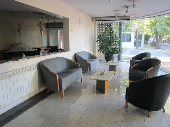Urbana Suites: Lobby del Hotel