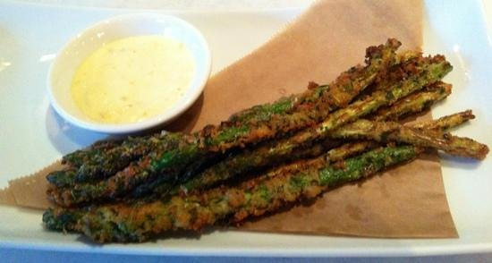 Oasis Cafe : fried asparagus