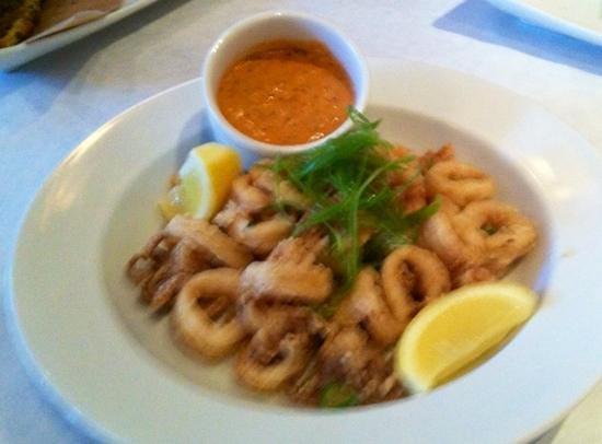 Oasis Cafe : calamari