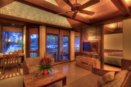 Palau Pacific Resort: Luxury Suite Room