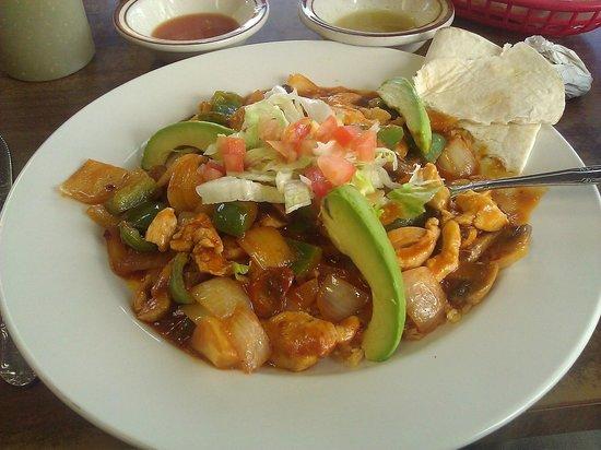 Los Compadres Taqueria: Arroz con pollo