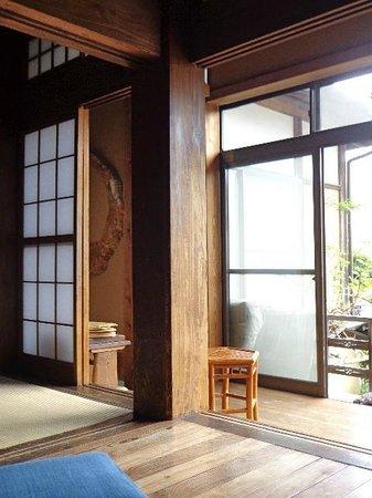 Kamakura Guesthouse: balcony