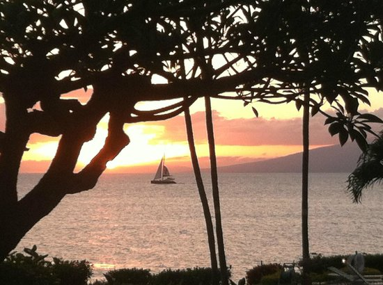 Mahina Surf: This is the view each evening from our Lanai