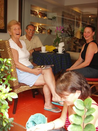 Baan Sukhumvit Inn Soi 20: Some of our fantastic guests