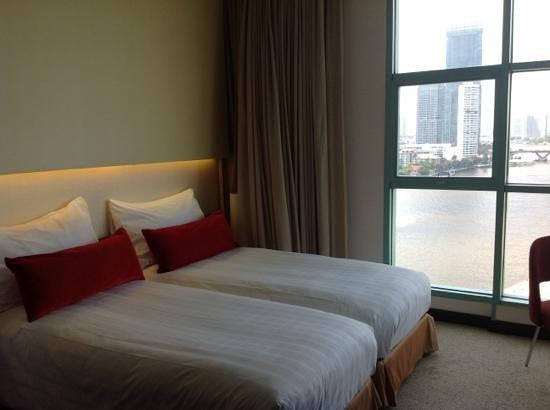 Chatrium Hotel Riverside Bangkok: partie chambre de la suite 1402