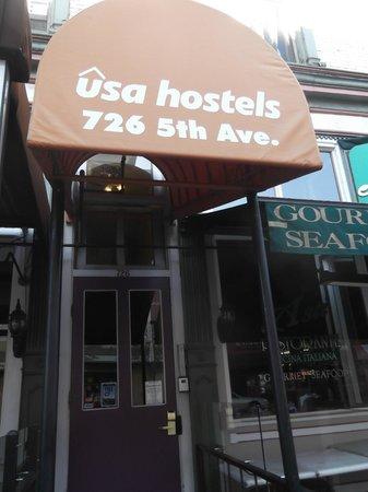 USA Hostels San Diego: Outside