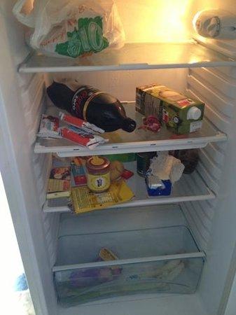 Calciufetta Bed & Breakfast: fridge