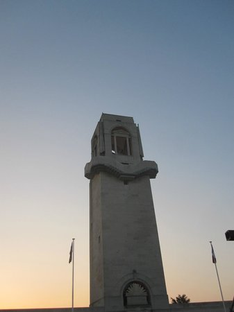 Terres de Memoire Somme Battlefield Tours: Dawn Service.