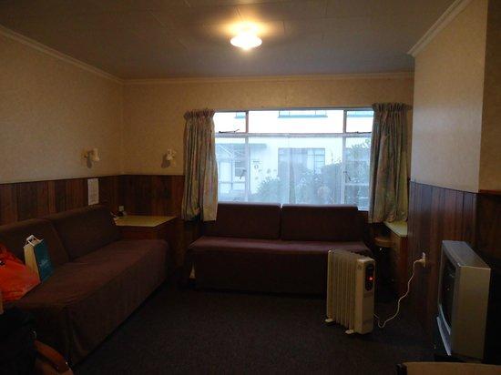 Bings Motel: Lounge