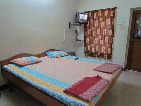 Hotel Sai Palace: Room