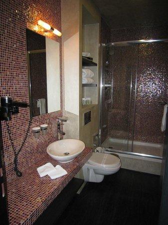 Design Hotel Jewel Prague: Bad