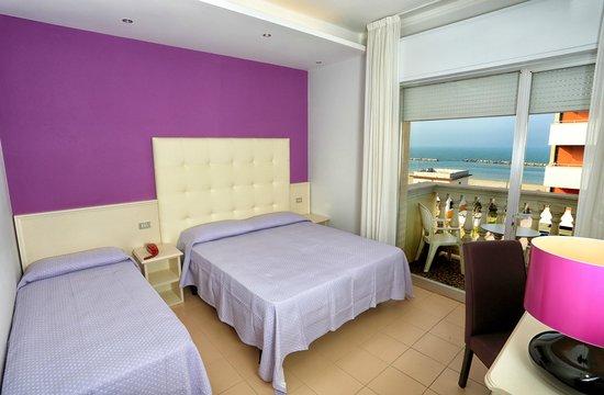 Hotel San Marco: La camera fronte mare