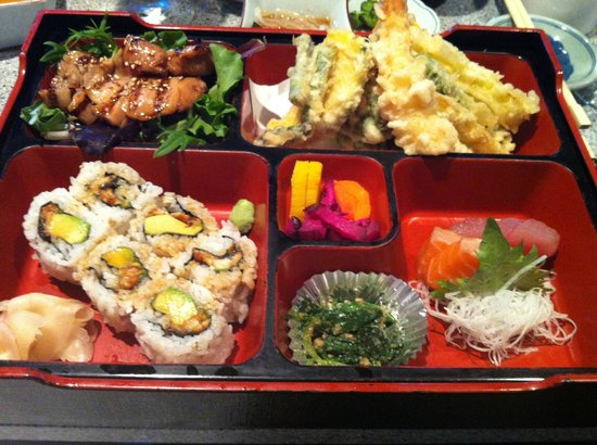 bento box delivers on a lot of variety picture of hana japanese restaurant rohnert park. Black Bedroom Furniture Sets. Home Design Ideas
