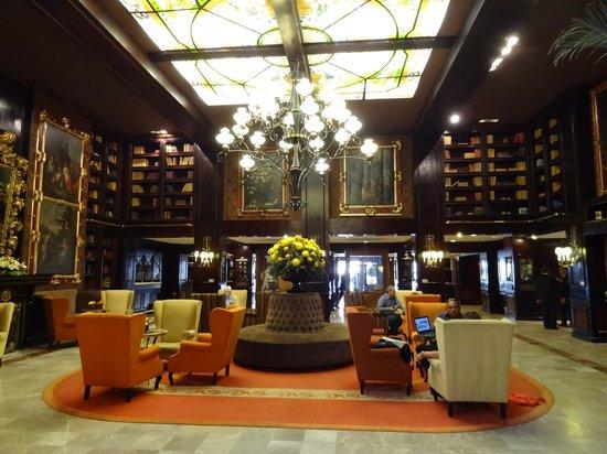 """Hotel Geneve Ciudad de Mexico: """"Biblioteca"""""""