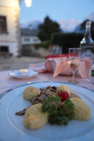 Essen auf der Terrasse