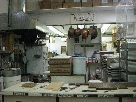 Ketchi Candies: Bakery
