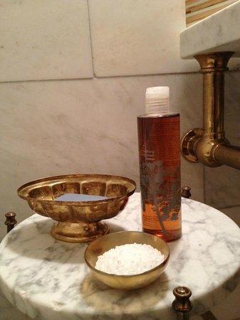 Greenwich Hotel: Bathroom amenities