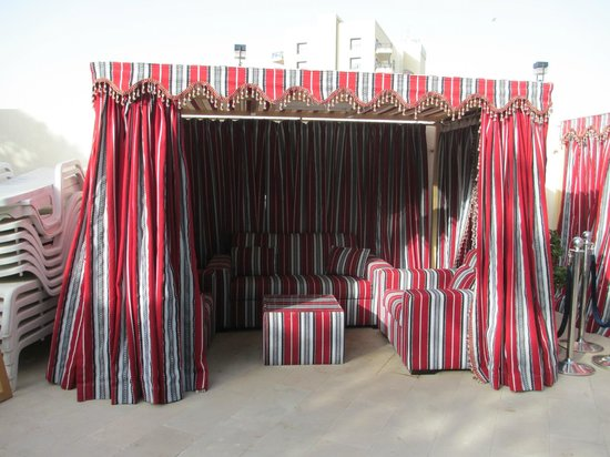 Arabian Park Hotel: Cabana for that special evening by the pool