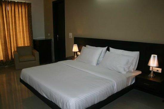 Divine Inn: room1