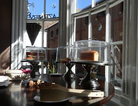 Lazenby's on York Place : Jolis gâteaux maison