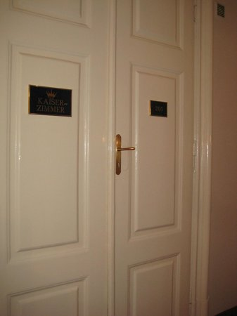 Palais Hotel Erzherzog Johann: die schönen Doppelflügeltüren