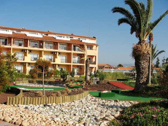 Ephesia Holiday Beach Club: mini golf