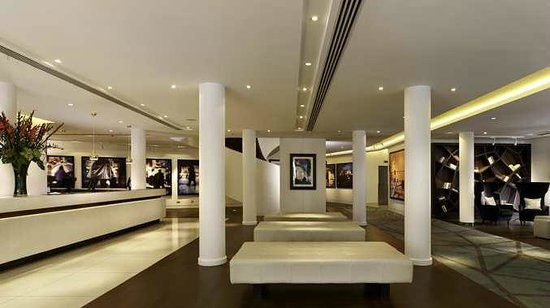 Doubletree by Hilton London - Westminster: Lobby