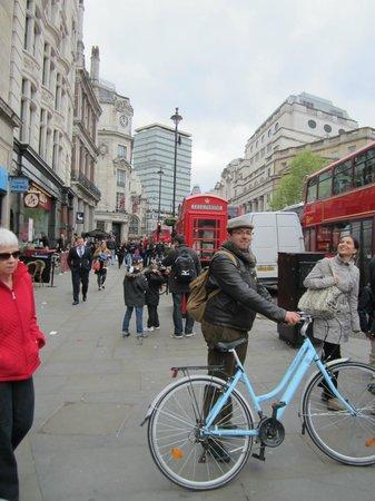 The London Bicycle Tour Company: Trafalgar Square