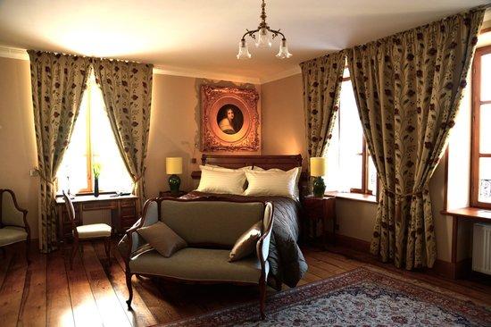 Burgundy, Prancis: Les Deux Chevres Hotel, Gevrey Chambertin
