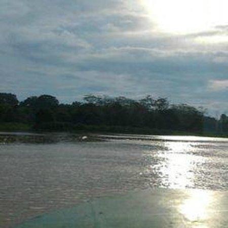 Barefoot Sukau Lodge: Kinabatangan River