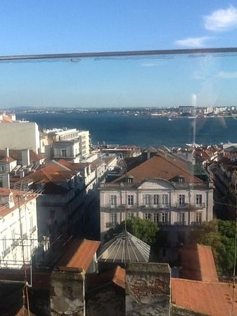 Bairro Alto Hotel: from the rooftop bar