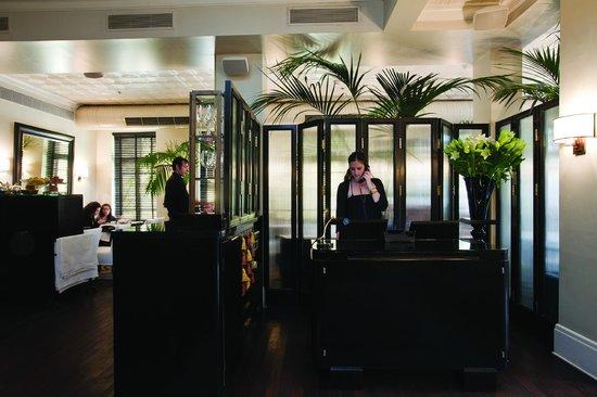 Hotel Montefiore: the lobby