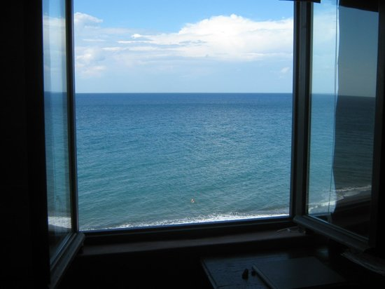 Ramni House: view to sea from bedroom