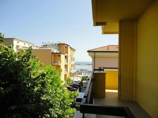 Hotel Letizia : Balcone